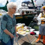 Catherine giving away free food