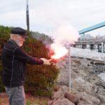 Torben lighting a practie flare